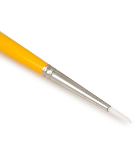 loew-cornell-round-brush-1